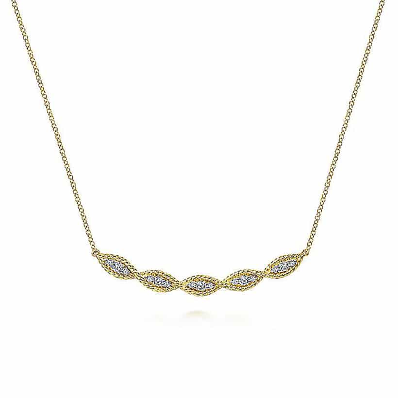 curved-bar-necklace