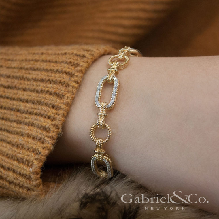 Wearing the Gabriel&Co Hampton Bracelet