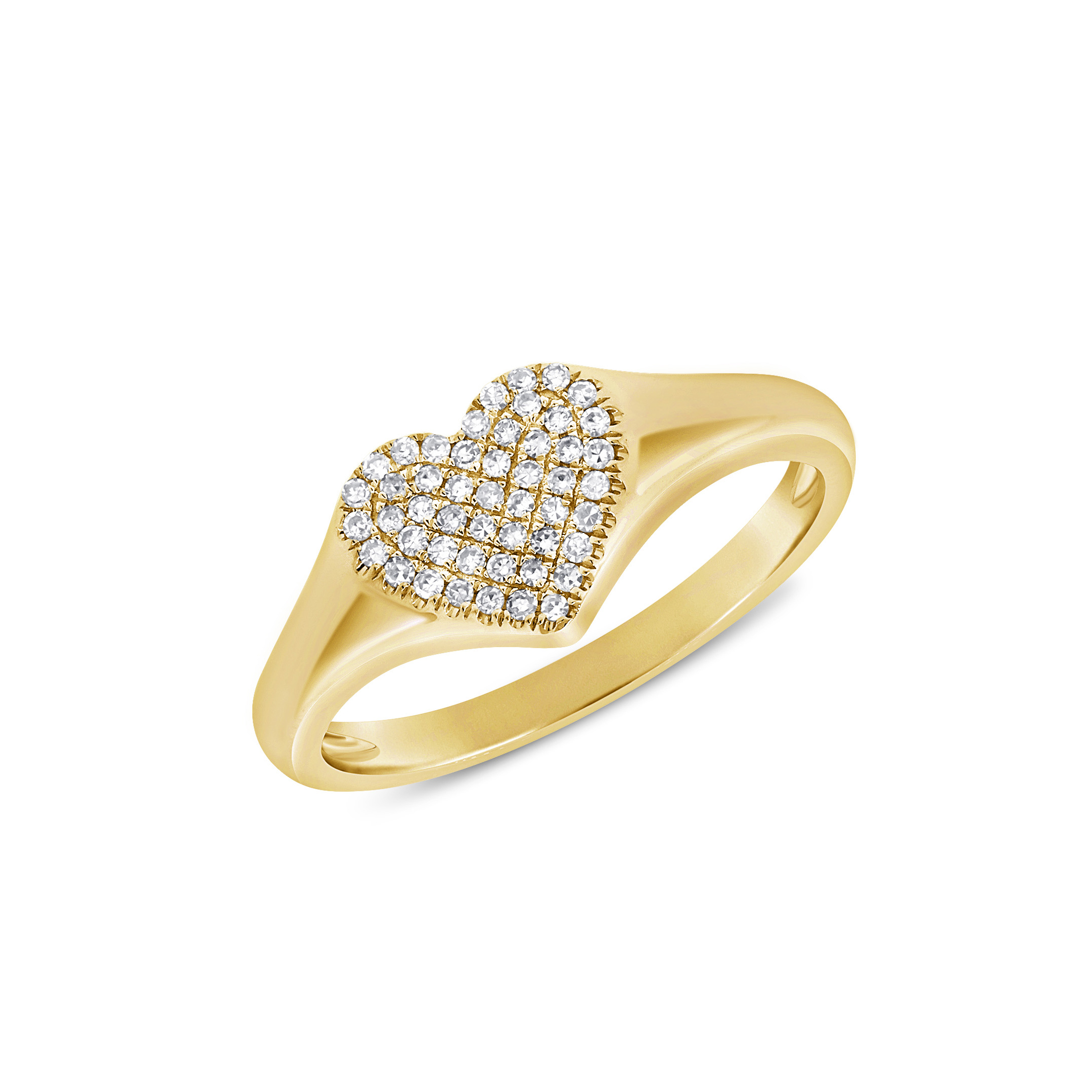 heart shaped pave diamond center band in 14 karat yellow gold